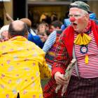 2010-05-14_7213_Clowns_in_R