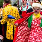 2010-05-14_7243_Clowns_in_R