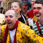 2010-05-14_7318_Clowns_in_R